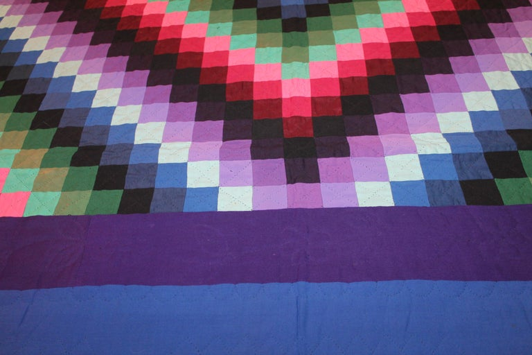 Hand-Crafted Lancaster County, Pennsylvania Sunshine Shadow Quilt For Sale