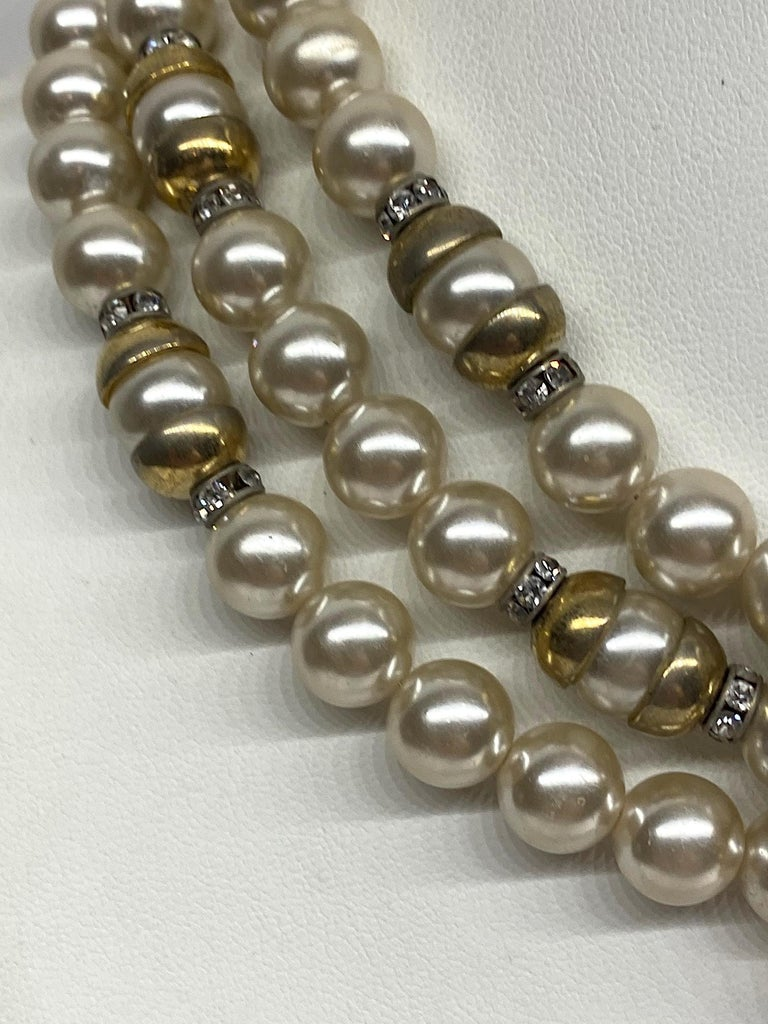 Lancetti of Italy 1980s Pearl and Rhinestone Necklace & Earrings In Good Condition For Sale In New York, NY
