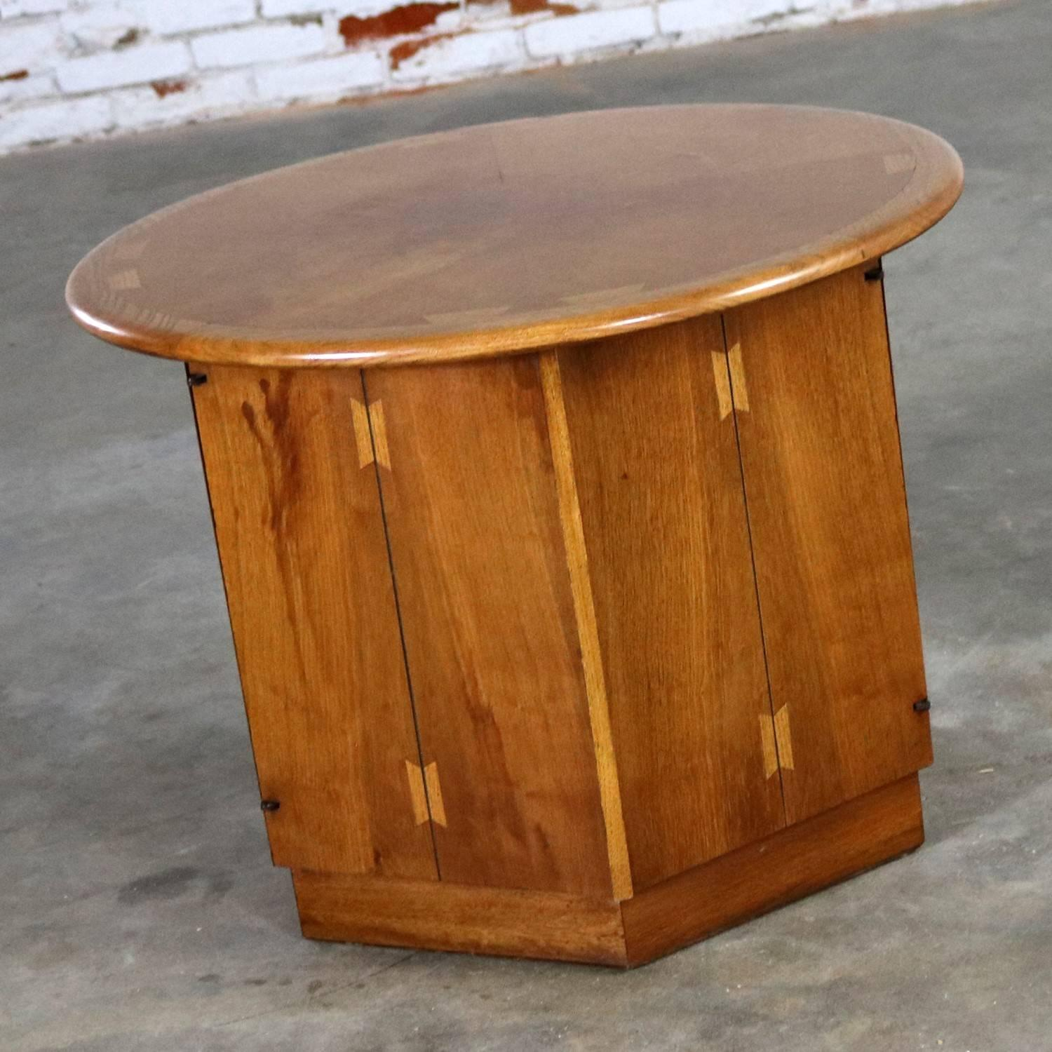 Superieur Mid Century Modern Lane Acclaim Dovetail End Table Round Top And Hexagon  Cabinet Base By