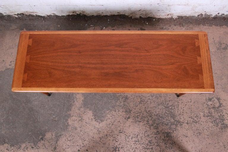 Mid-20th Century Lane Acclaim Mid-Century Modern Coffee Table For Sale