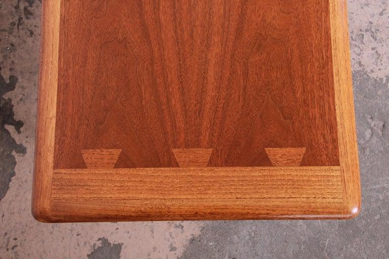 Lane Acclaim Mid-Century Modern Coffee Table For Sale 1
