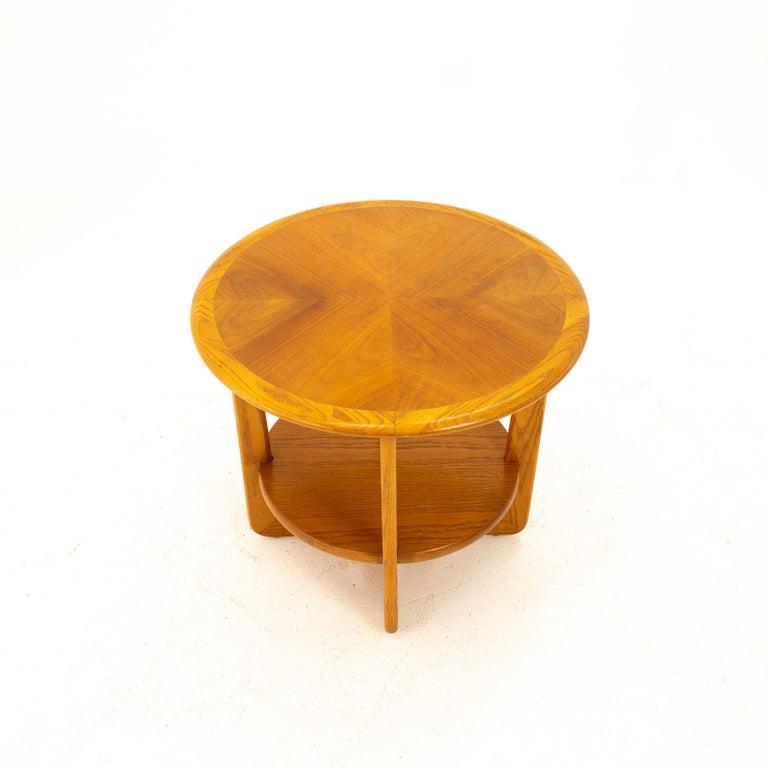 Lane Altavista Mid Century Walnut Round Side End Table In Good Condition For Sale In La Grange, IL
