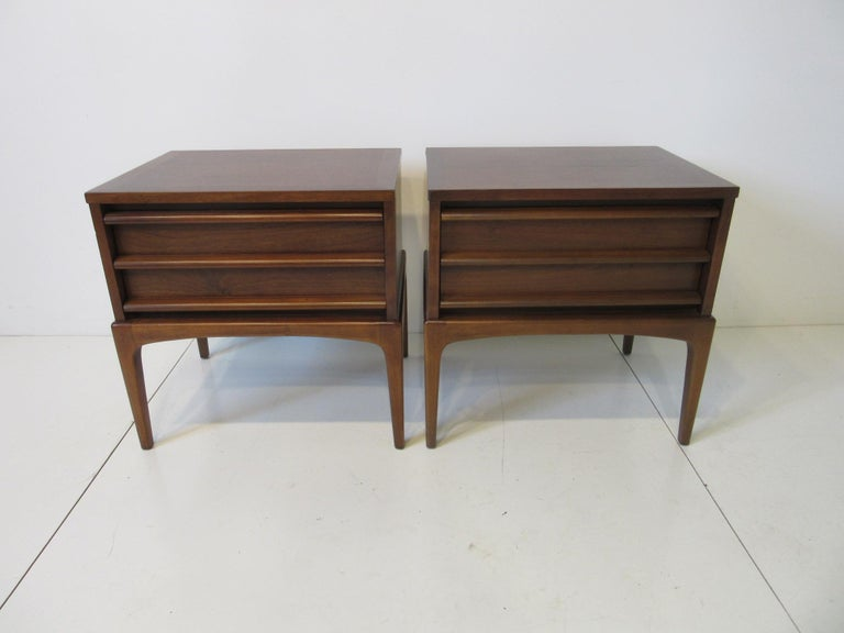 Lane Altavista Walnut Nightstands / End Tables from the Rhythm Collection For Sale 3