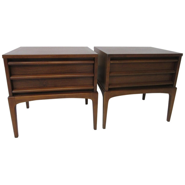 Lane Altavista Walnut Nightstands / End Tables from the Rhythm Collection For Sale