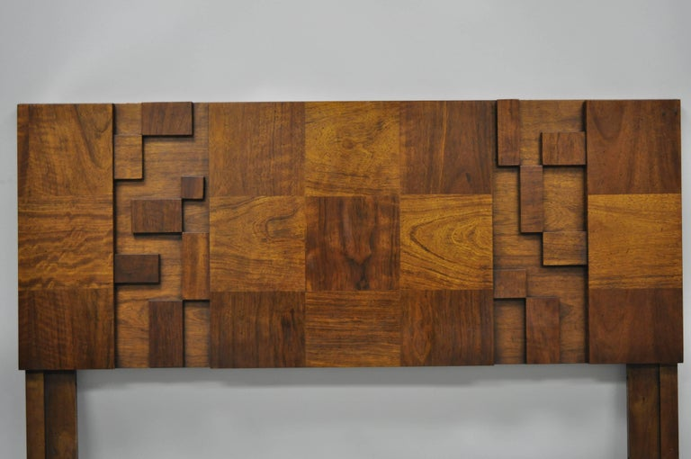 Vintage Lane Brutalist block front Queen / full bed headboard Mid-Century Modern. Item features great block front Brutalist design, beautiful wood grain, serial number #3373160, great style and form. Headboard has holes for a queen or full size bed