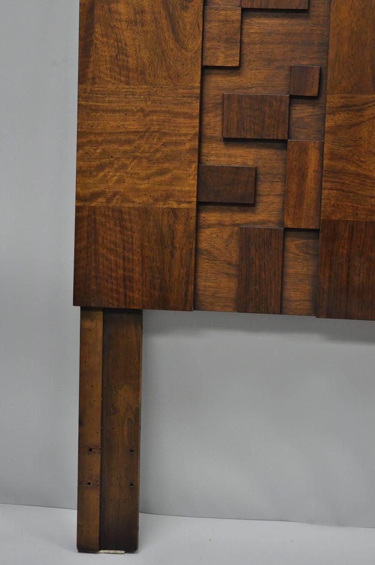 Lane Brutalist Geometric Block Queen Full Bed Headboard, Mid-Century Modern In Good Condition In Philadelphia, PA