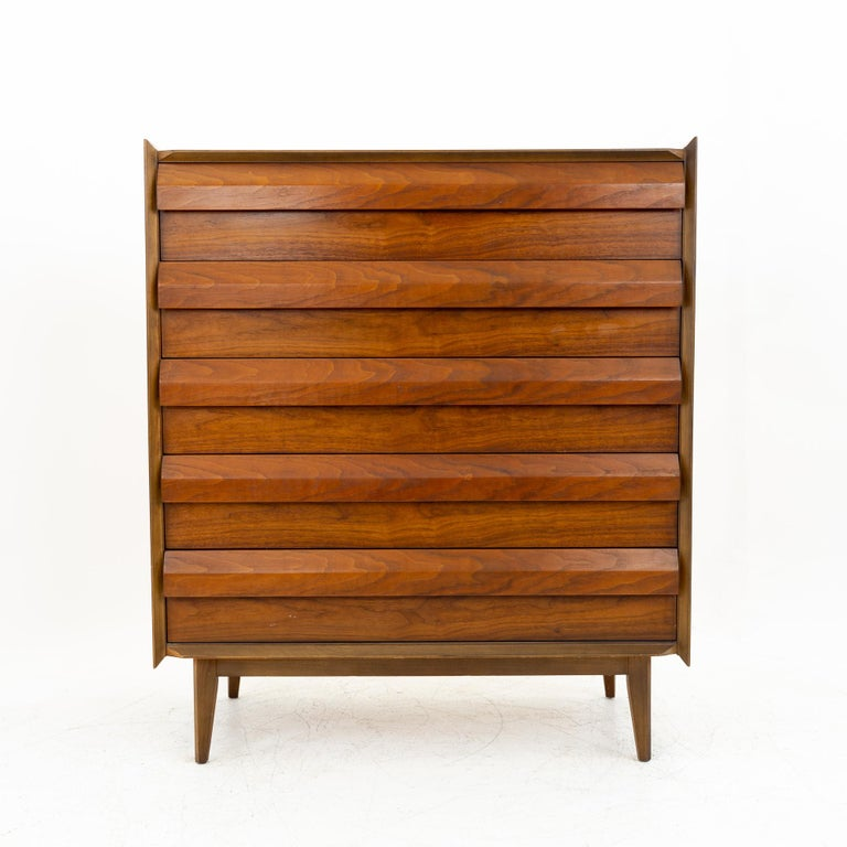 Mid-Century Modern Lane First Edition Mid Century Walnut 5 Drawer Highboy Dresser For Sale