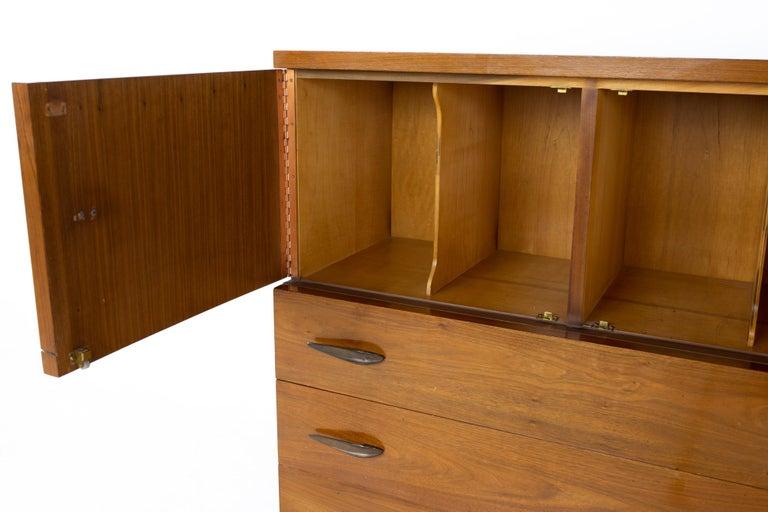 Late 20th Century Lane Harlequin Mid Century Inlaid Walnut Gentleman's Chest Highboy Dresser For Sale