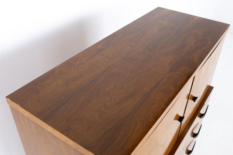 Lane Harlequin Mid Century Inlaid Walnut Gentleman's Chest Highboy Dresser For Sale 1