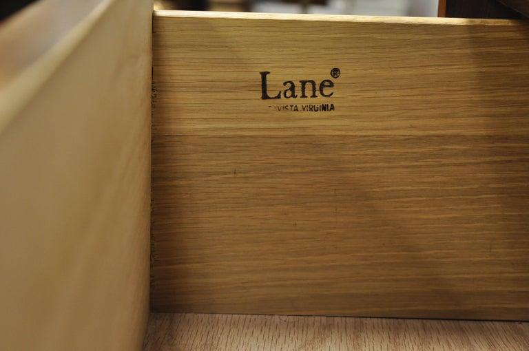 Lane Mid-Century Modern Dovetail 3-Drawer Dresser Chest Bedside Table 4