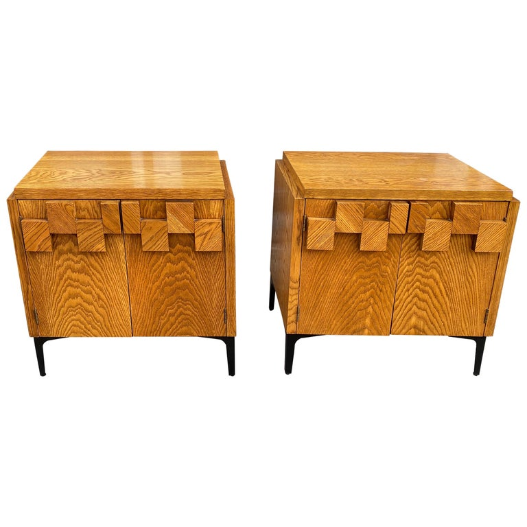 Lane Pair of End Tables or Nightstands For Sale