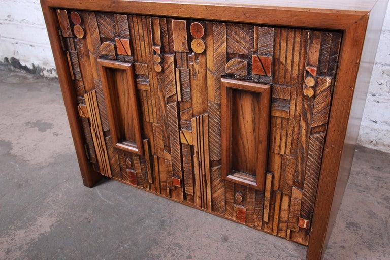 Lane Pueblo Brutalist Mid-Century Modern Oak Nightstand In Good Condition For Sale In South Bend, IN