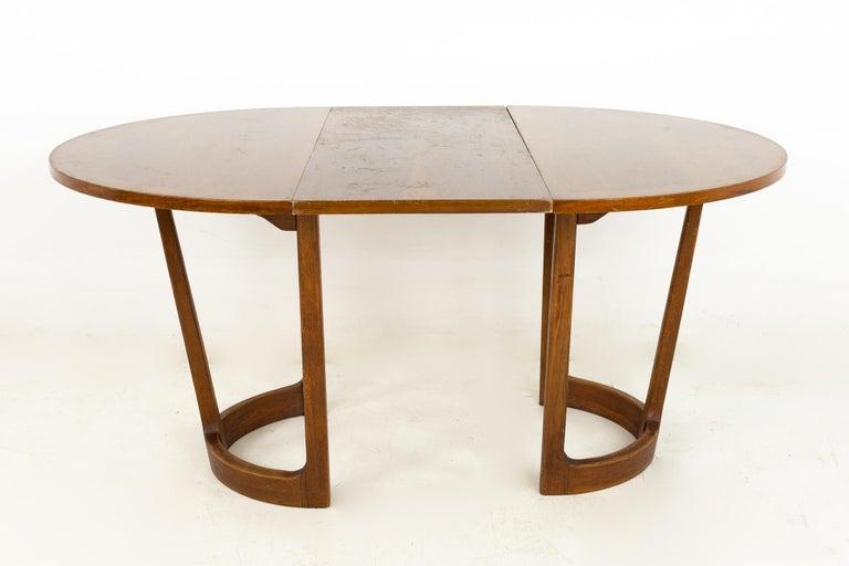 Late 20th Century Lane Rhythm Mid Century Round Dining Table