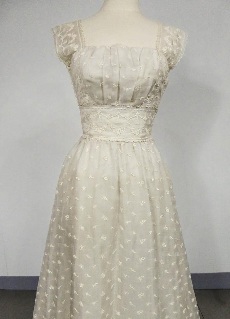 Lanvin Castillo Couture Ball Gown from Baroness de Rothschild circa 1957 In Excellent Condition For Sale In Toulon, FR