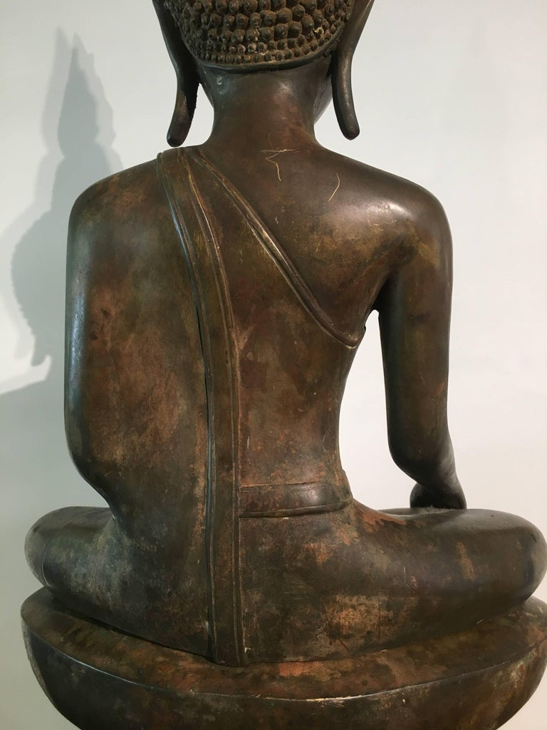 Lao Cast Bronze Shakyamuni Buddha, 17th-18th Century For Sale 7