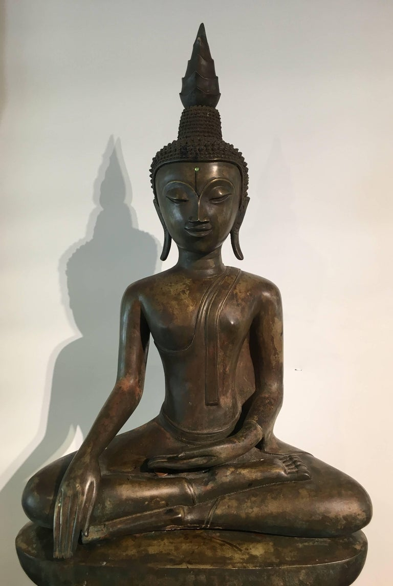 Early 18th Century Lao Cast Bronze Shakyamuni Buddha, 17th-18th Century For Sale