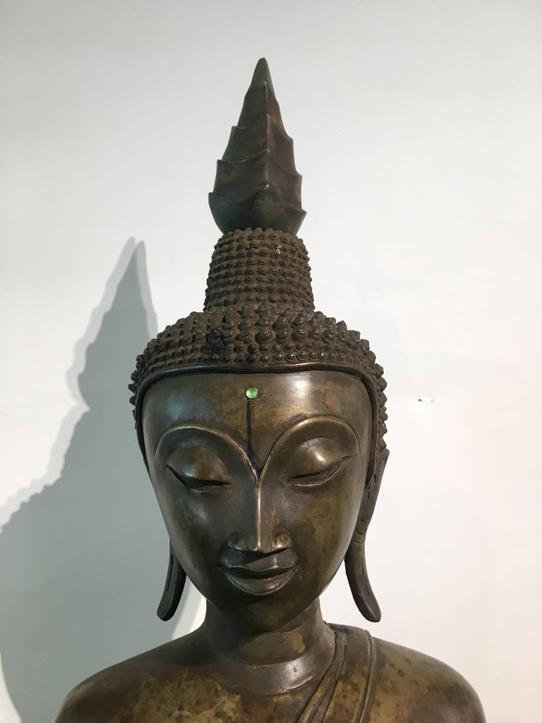 Lao Cast Bronze Shakyamuni Buddha, 17th-18th Century For Sale 1