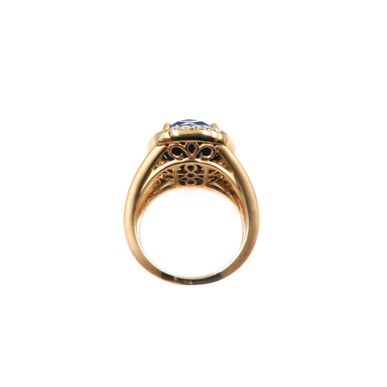Lapis Lazuli and Diamond Yellow Gold Ring For Sale 1