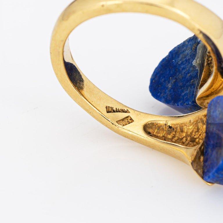 Lapis Lazuli Bypass Ring Vintage 18 Karat Yellow Gold Moi et Toi Estate Jewelry For Sale 1