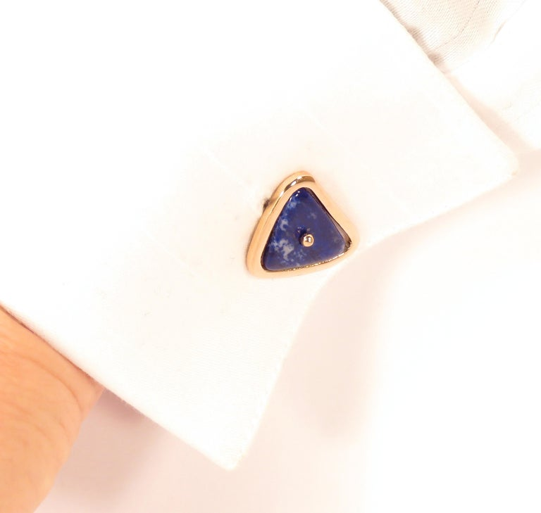 Cufflinks in 9k rose gold with four lapis lazuli. Stones size: the bigger ones are 24 x 15 mm / 0.944 x 0.590 inches, the smaller ones are 22 x 12 mm / 0.866 x 0.472 inches. They are stamped with the Italian Gold Mark 375 -