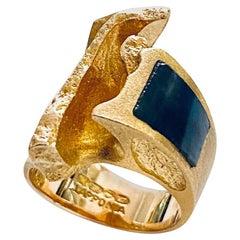 Lapponia 14 Karat Yellow Gold Ring Labradoriet Stone 1974 Design Björn Weckström