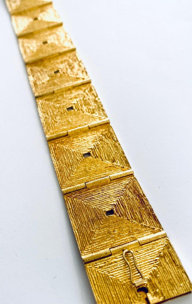 Modern Lapponia, 18 Karat Gold Bracelet, Björn Weckström Design, 1970 For Sale