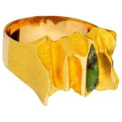 Lapponia 1973 14 Karat Gold Brutalist Green Tourmaline Ring Bjorn Weckstrom