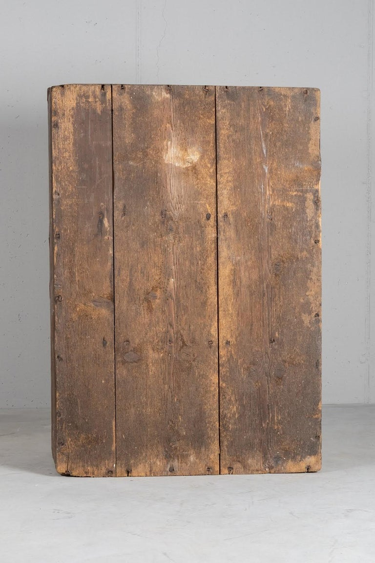 Larch Cupboard, Italy, circa 1600 For Sale 4