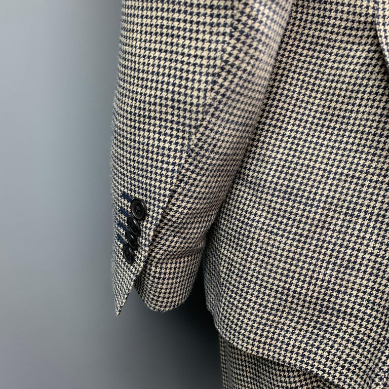 LARDINI Size 42 Regular Black & Beige Houndstooth Silk / Linen Suit In Good Condition For Sale In San Francisco, CA