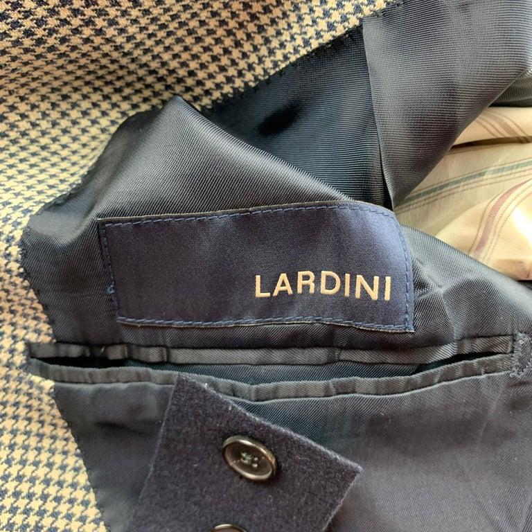 LARDINI Size 42 Regular Black & Beige Houndstooth Silk / Linen Suit For Sale 2