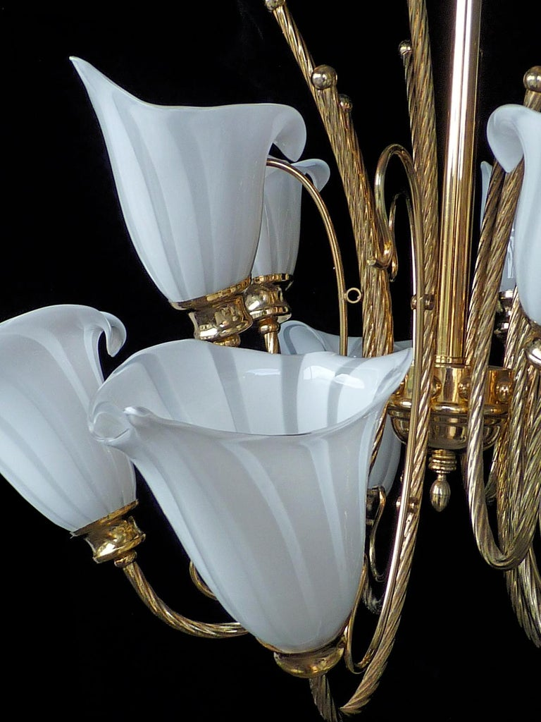 Large 10-Light Murano Calla Lily Chandelier by Franco Luce, Art Glass Gilt Brass In Good Condition In Coimbra, PT