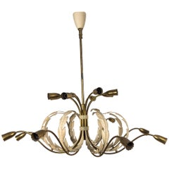 Large 16 Lights Italian Midcentury Chandelier with a Floral Motive, Late 1940s