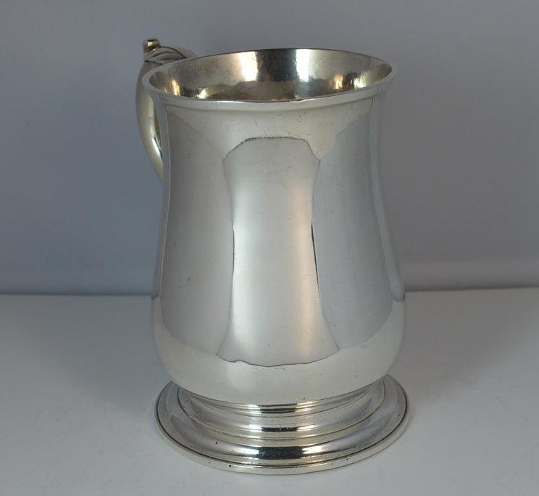 Large 1748 Georgian William Gould Plain Original Tankard Cup 13oz+ In Good Condition In St Helens, GB