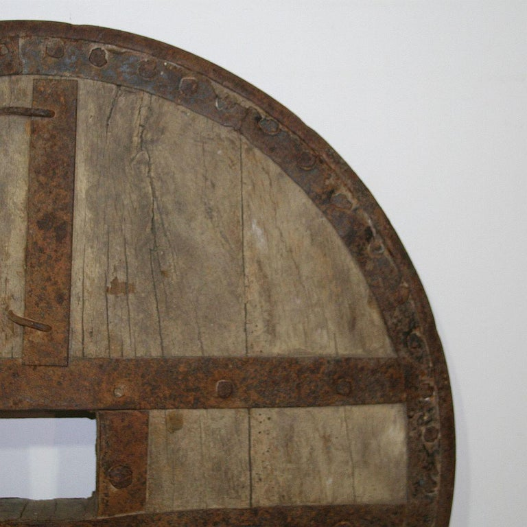 Large 17th-18th Century Primitive Spanish Chariot Wheel For Sale 4