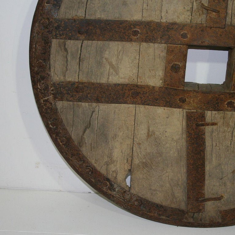 Large 17th-18th Century Primitive Spanish Chariot Wheel For Sale 7