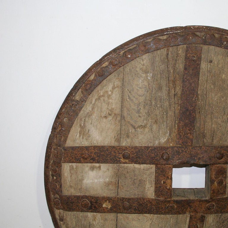Iron Large 17th-18th Century Primitive Spanish Chariot Wheel For Sale