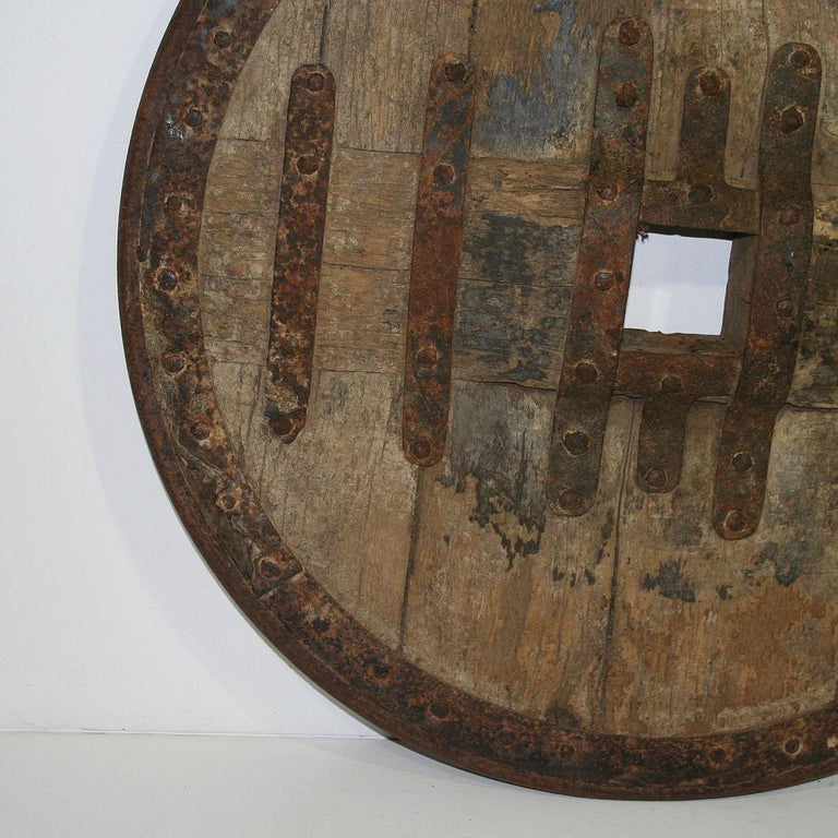 Large 17th-18th Century Primitive Spanish Chariot Wheel For Sale 1