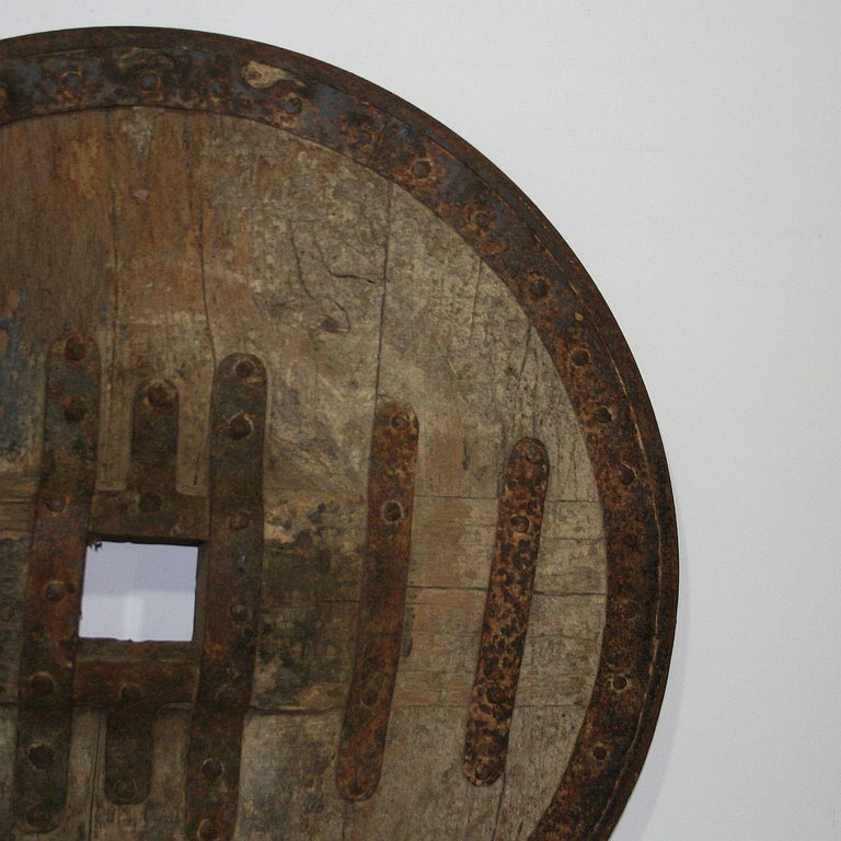 Large 17th-18th Century Primitive Spanish Chariot Wheel For Sale 2