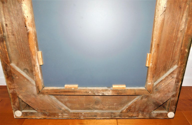 Large 18th Century Italian Gold Framed Mirror For Sale 7