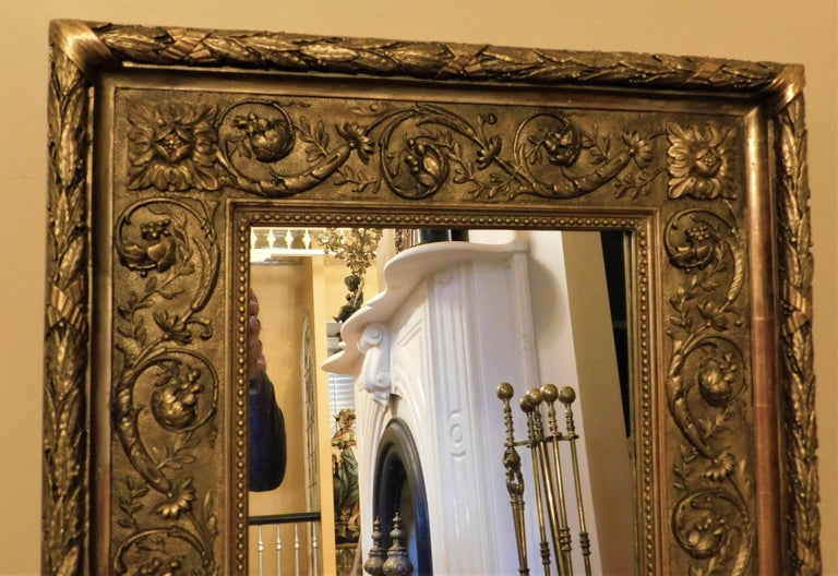 Large 18th Century Italian Gold Framed Mirror For Sale 3