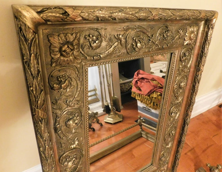 Large 18th Century Italian Gold Framed Mirror For Sale 5
