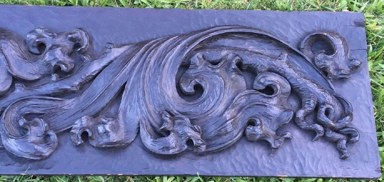 American Large 18th Century Pennsylvania Carved Frieze For Sale