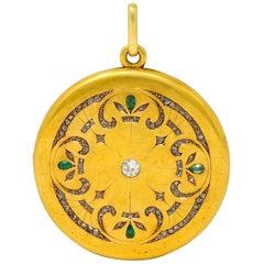 Large 1911 Edwardian Diamond Emerald 18 Karat Yellow Gold Locket Pendant