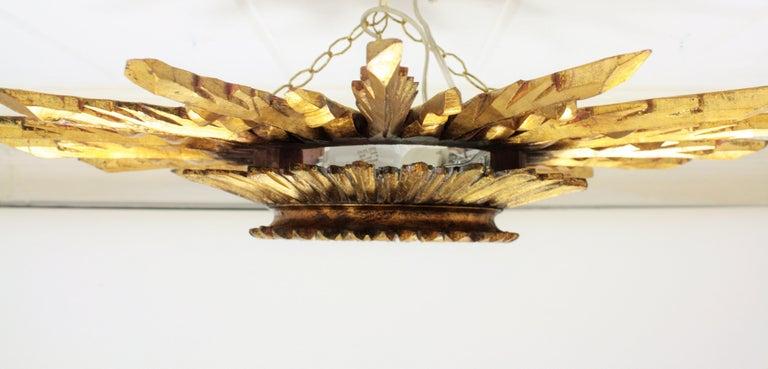 Large 1930s Baroque Gold Leaf Giltwood Sunburst Ceiling Light Fixture or Mirror For Sale 6