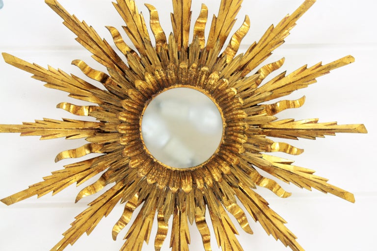 Mid-20th Century Large 1930s Baroque Gold Leaf Giltwood Sunburst Ceiling Light Fixture or Mirror For Sale