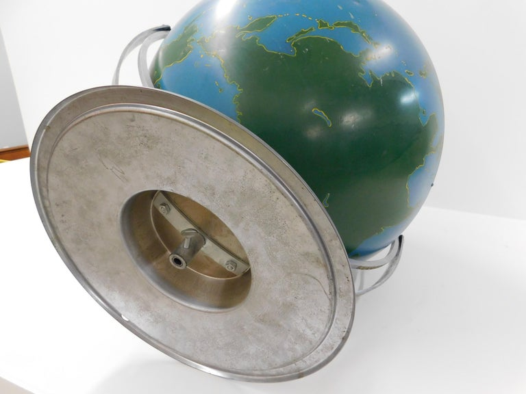 Large 1940s A.J. Nystrom Aviation Military Training Rotating World Globe USA For Sale 2