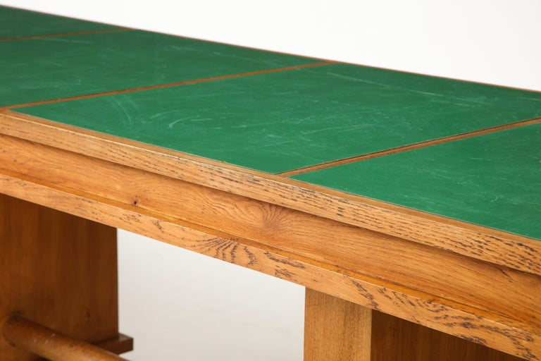 Large 1940s French Solid Oak Library Table For Sale 4
