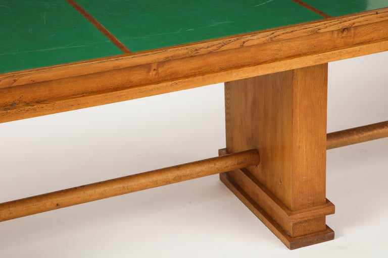 Large 1940s French Solid Oak Library Table In Good Condition For Sale In New York, NY
