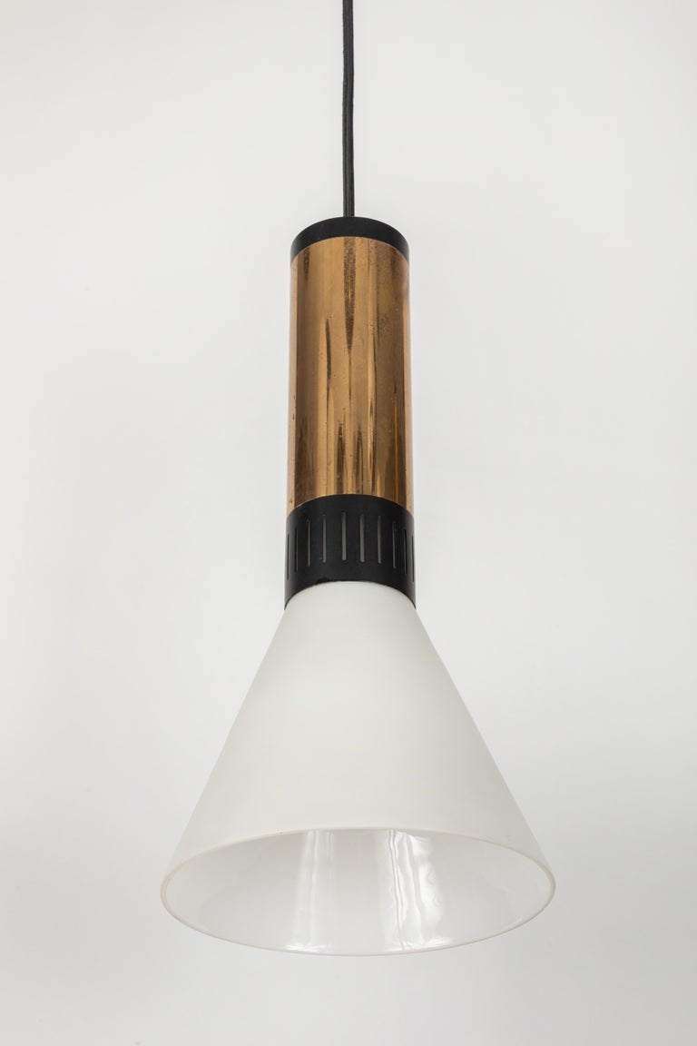 Mid-20th Century Large 1950s Stilnovo Glass and Brass Pendant For Sale