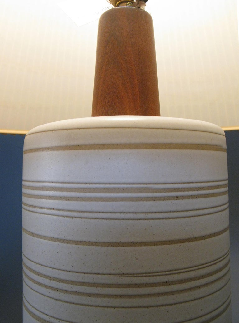 American Large 1960s Ceramic and Walnut Lamp by Gordon Martz For Sale